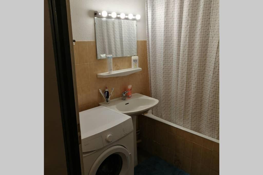 Appartement Studio Special Curiste 30 M2 A 50 M Des Thermes Frankrijk Amelie Les Bains Palalda Booking Com
