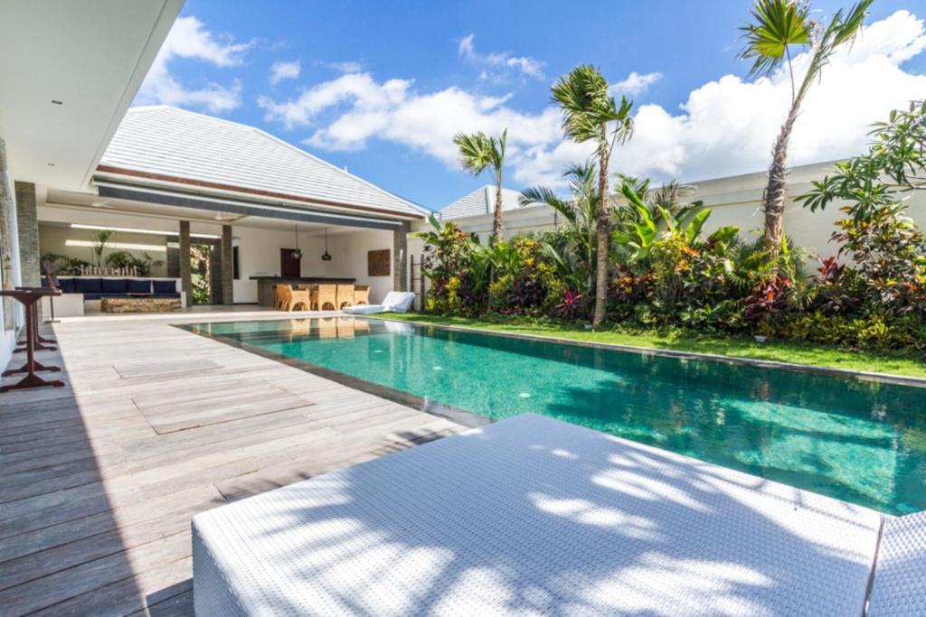 5 Star Villa In Bali Minutes From The Beach Bali Villa 1156 Kuta Updated 2021 Prices
