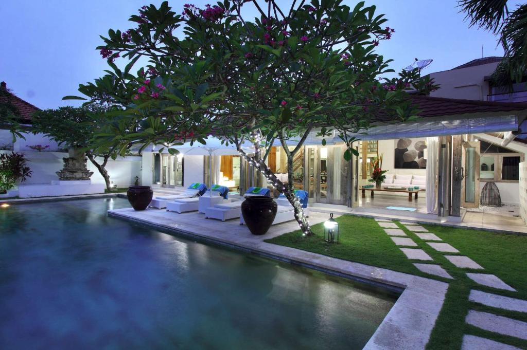 Rent A Luxury Villa In Bali Close To The Beach Bali Villa 2060 Kuta Updated 2021 Prices