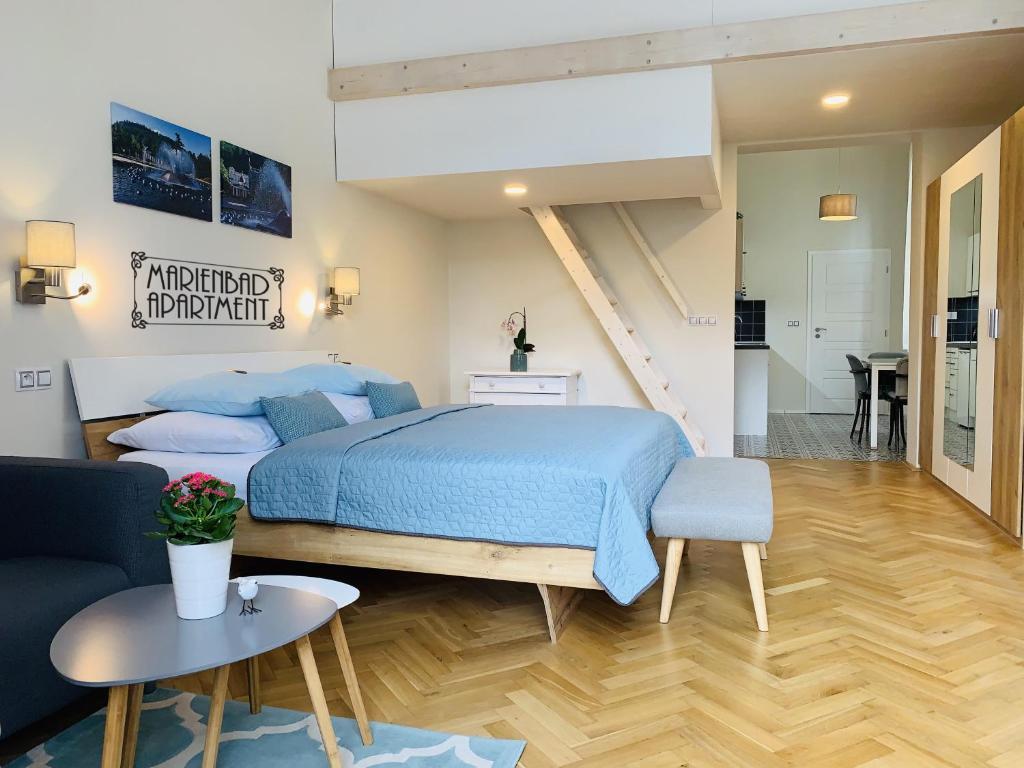 Postel nebo postele na pokoji v ubytování Marienbad Apartment