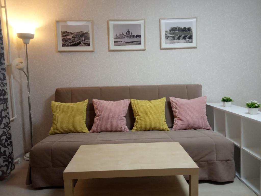 A seating area at Квартира на Связи 8