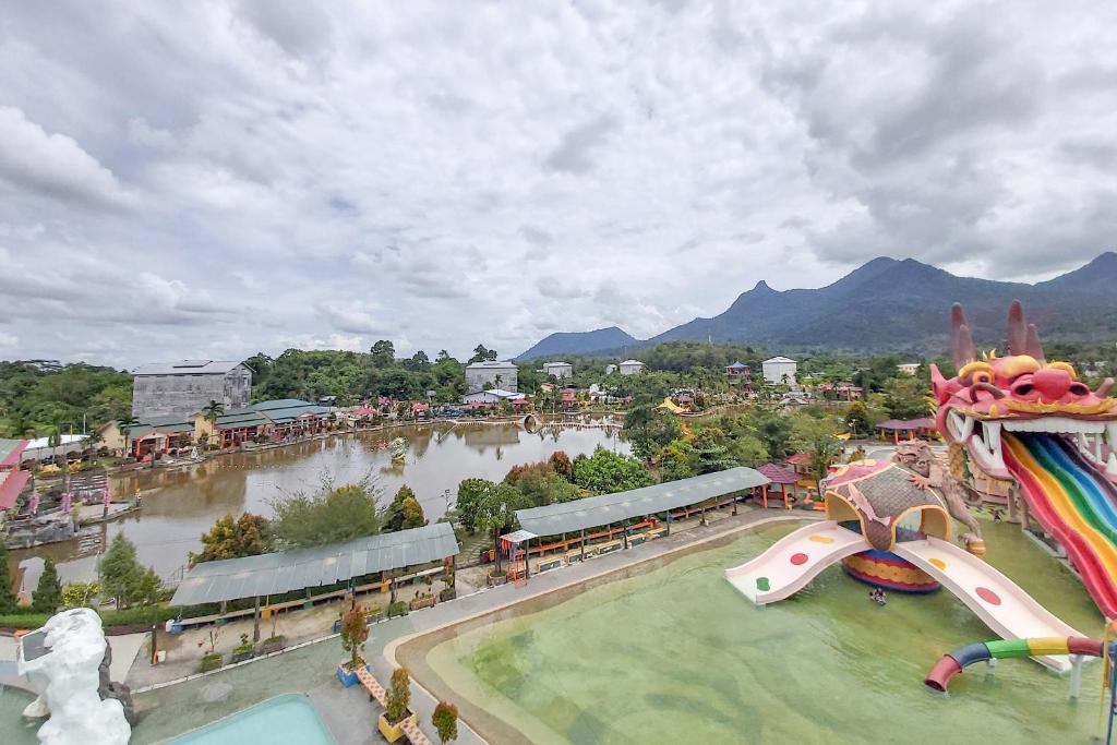 Oyo 3196 Hotel Taman Cinta Singkawang Updated 2020 Prices