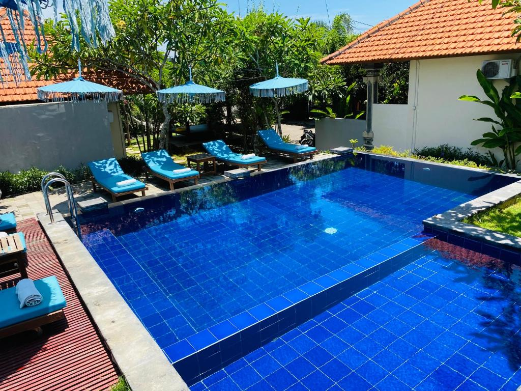 The swimming pool at or near Pandawa Beach Homestay