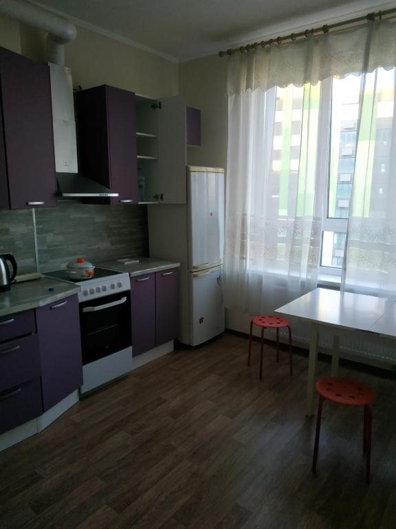 A kitchen or kitchenette at Новый Зеленоград