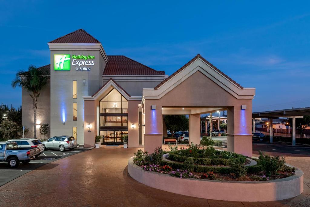 Holiday Inn Express Lathrop - South Stockton