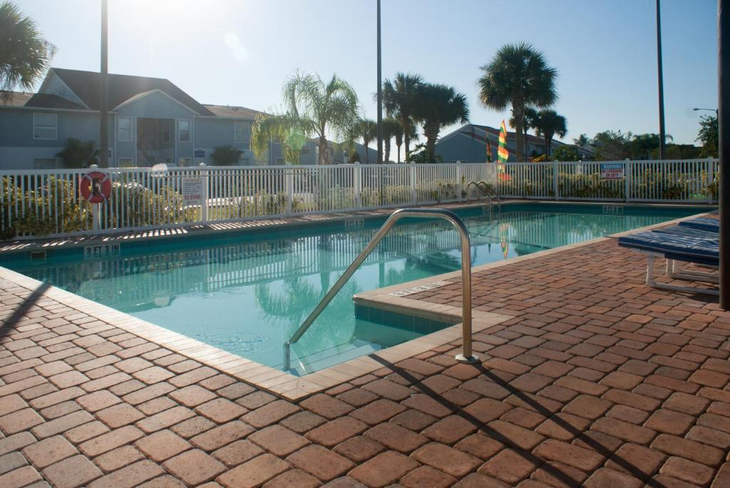 The swimming pool at or close to Villas at Fortune Place