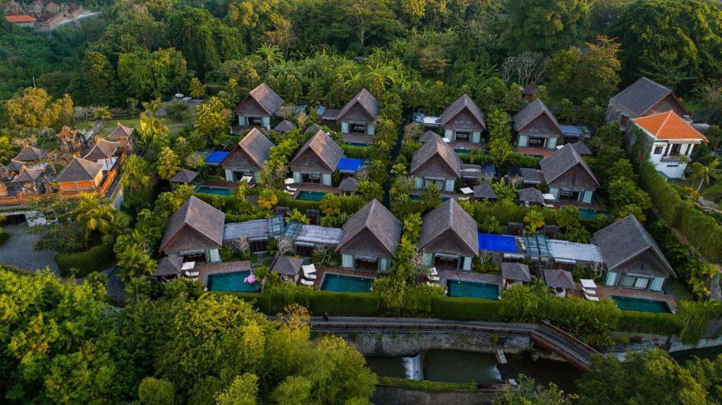 A bird's-eye view of Sanctoo Suites & Villas