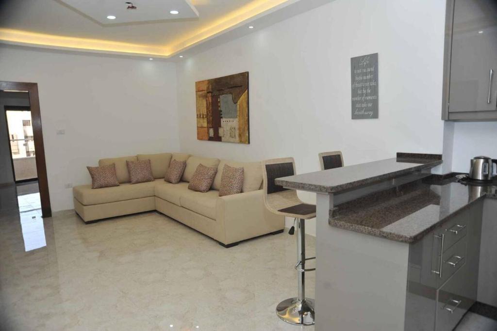 Amazing one Bedroom Apartment in Amman,Elwebdah 8