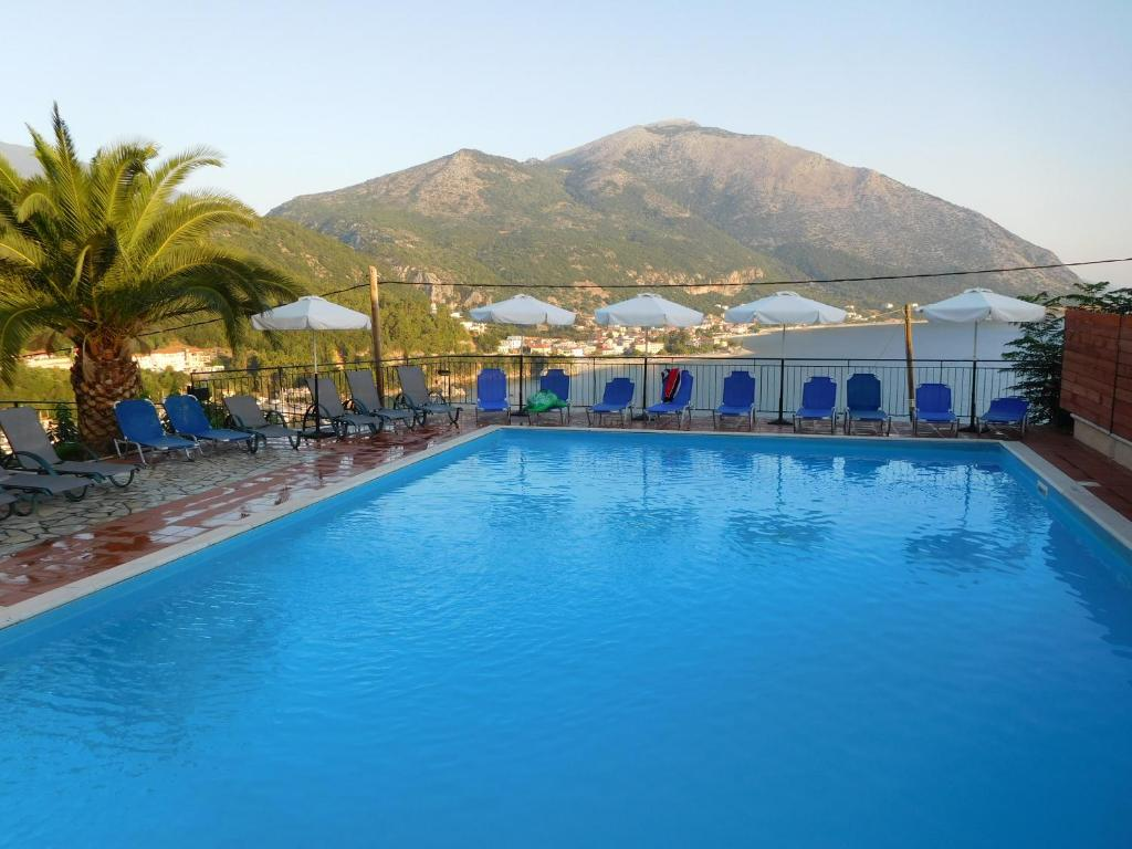 The swimming pool at or near Hotel Oceanis