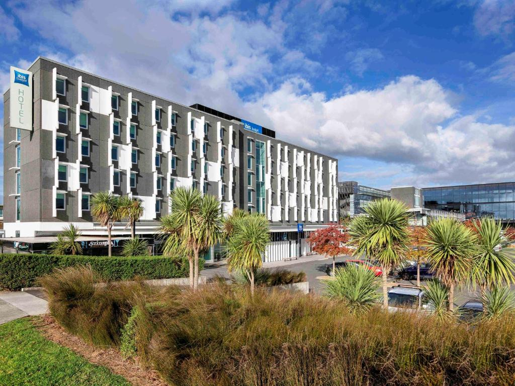 The ibis Budget Auckland Airport.