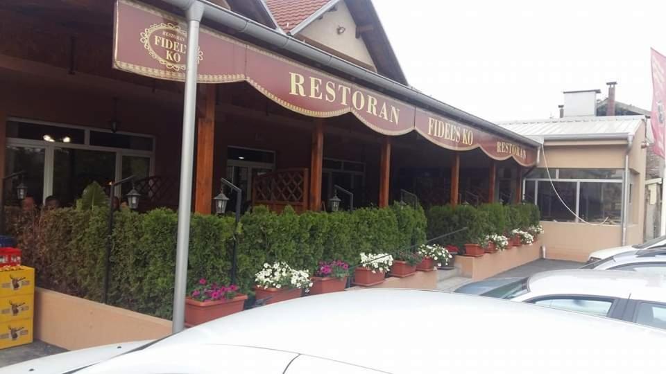 "Restaurant & Rooms ""Fidels Ko"""