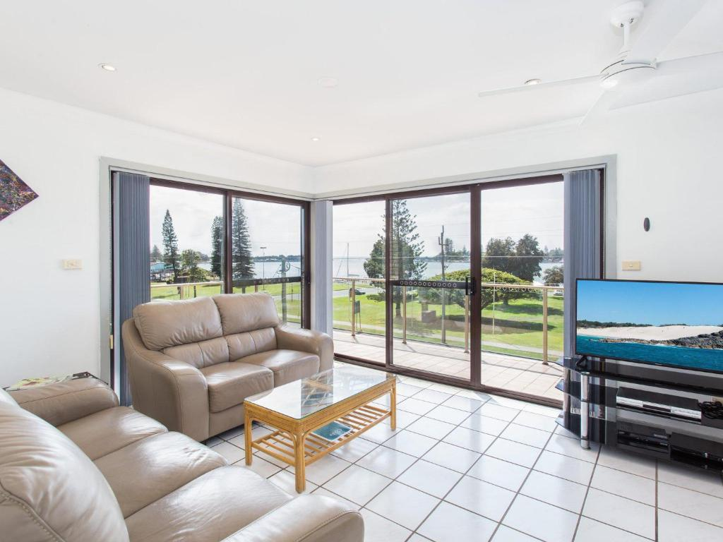 A seating area at Oxley 8 at Tuncurry