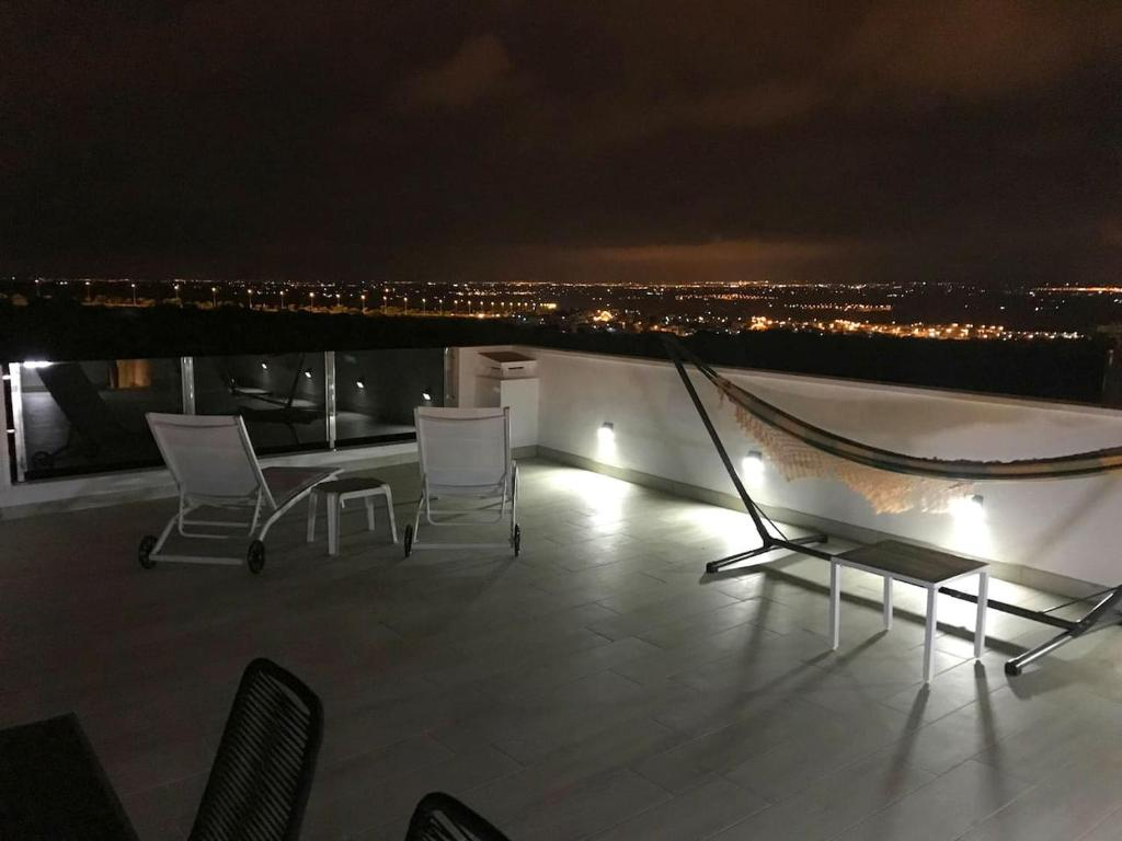 Casa Rooftop with amazing views (Wifi, BBQ, A/C) 21