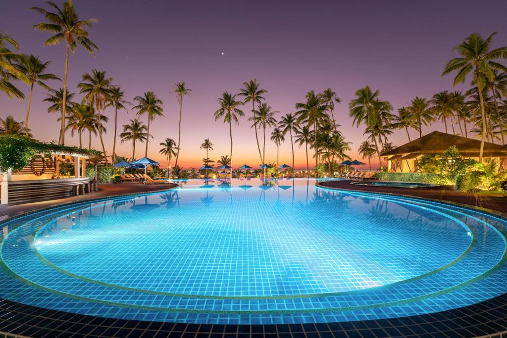 The swimming pool at or close to Eskala Hotels and Resorts