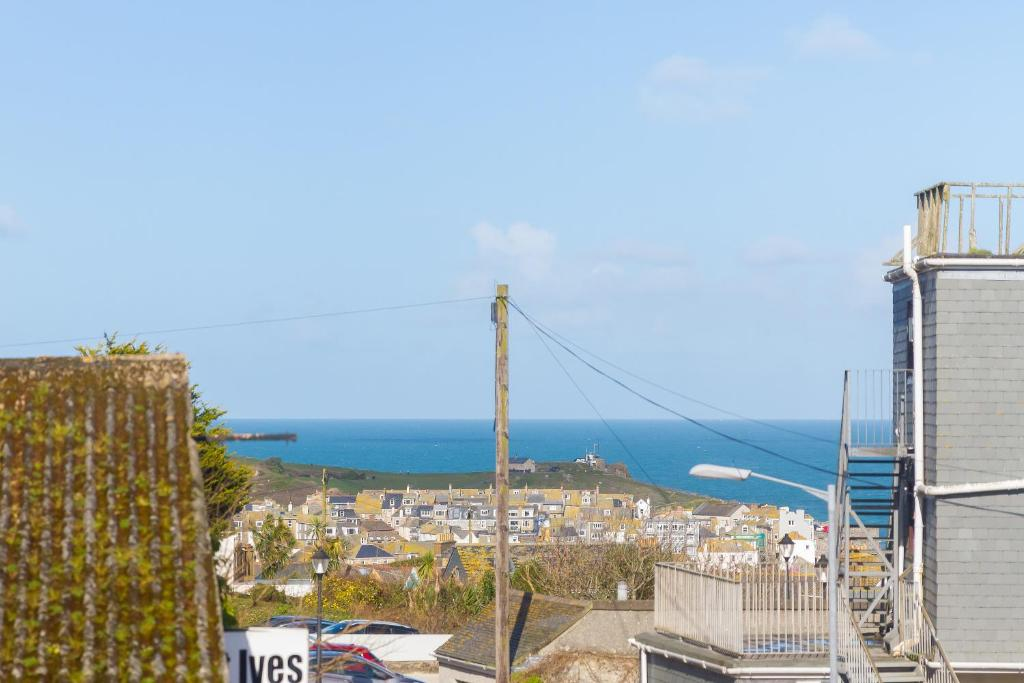 Coastguard View - Laterooms