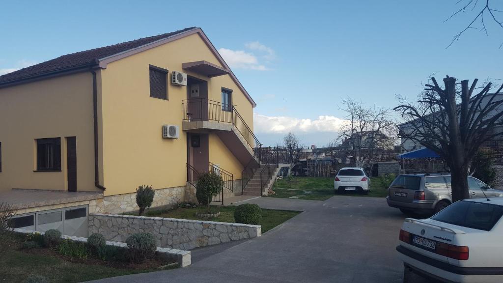 Hostel Vera - Airport Podgorica