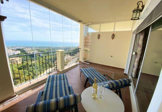 Cabopino Apartment Sleeps 4 with Pool Air Con and WiFi