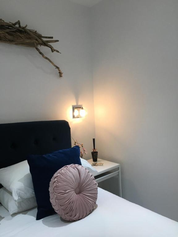 Ocean Drive Deluxe Apartment Beach location