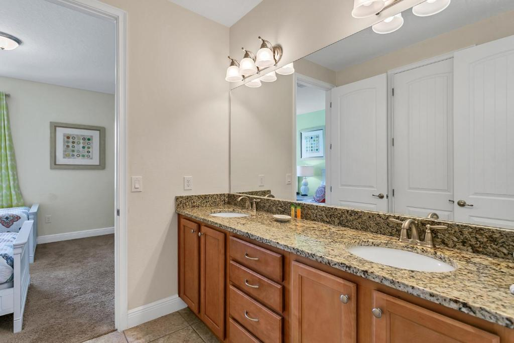 8 Bedroom Vacation Home With Pool 1760 Orlando Updated 2020 Prices