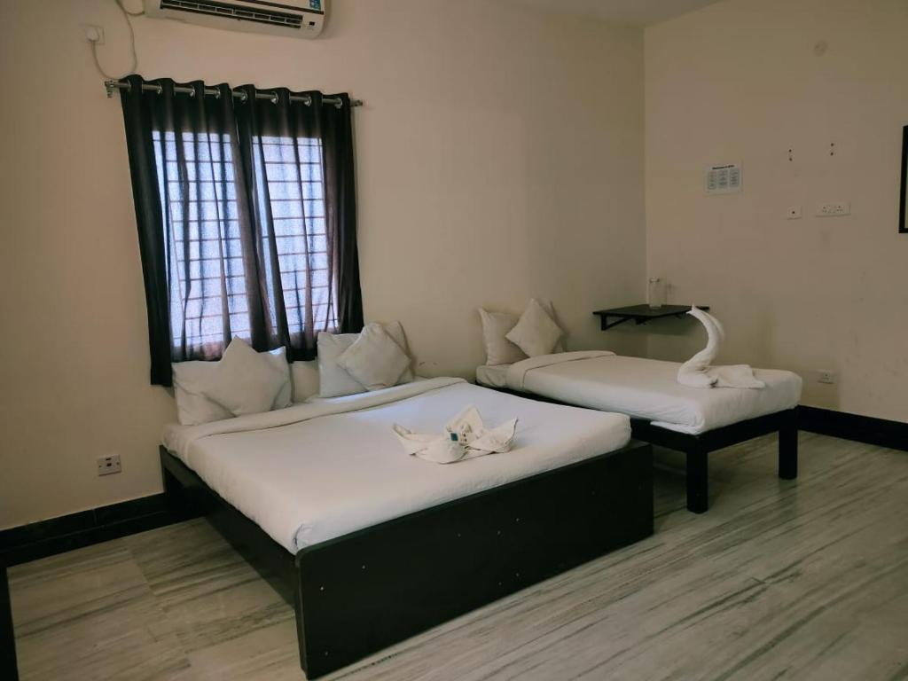 Hotel B B Omr Chennai India Booking Com