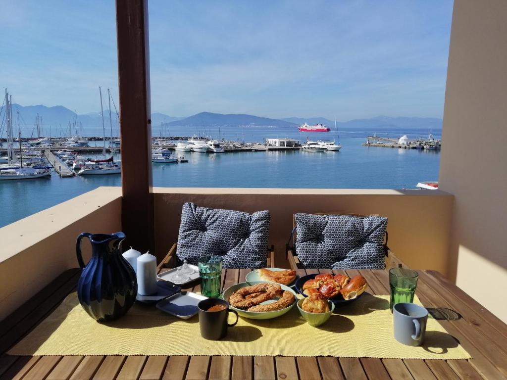 Aegina Port Apt 2-Διαμέρισμα στο λιμάνι της Αίγινας 2