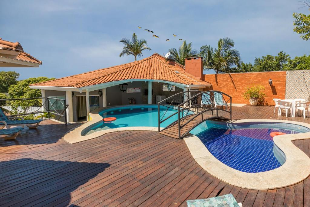 The swimming pool at or near VOA Hotel Paraíso das Águas