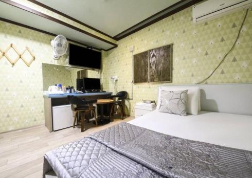 Bed And Breakfasts In Pocheon