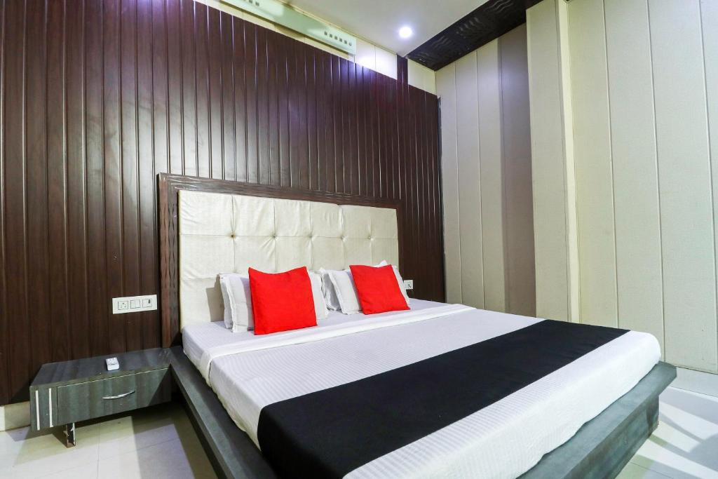 Capital O 70959 Hotel Paradiso Abohar India Booking Com