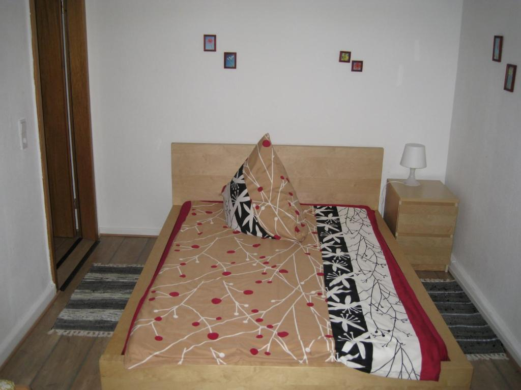 A bed or beds in a room at Abels Appartements