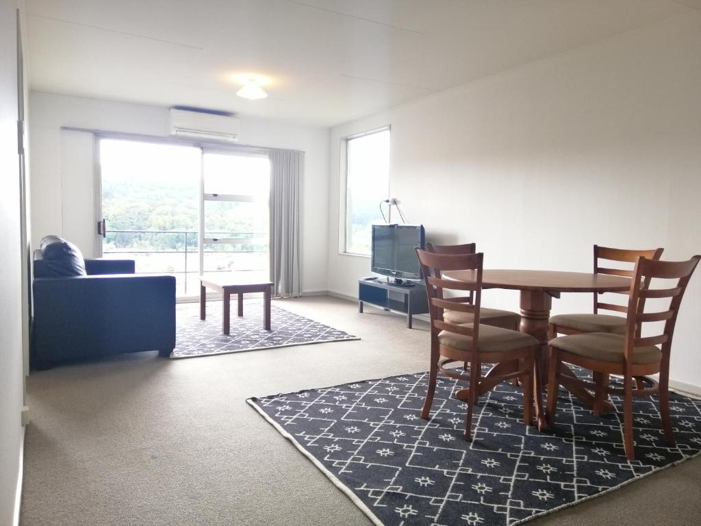 Handy To Town Uni With City Harbour Views Dunedin Updated 2020 Prices
