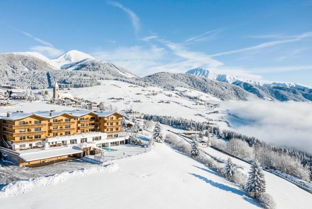 Family Home Alpenhof зимой