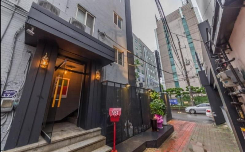 Hotel YOLO Yeongdeungpo