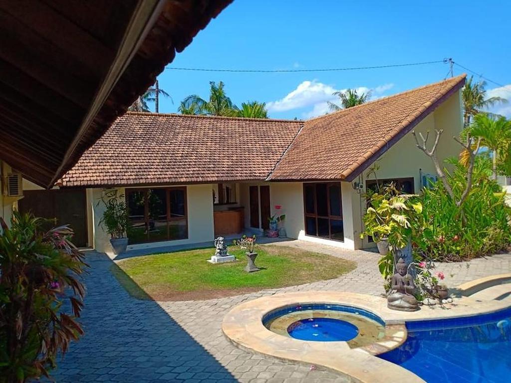Beach Front Villa Ganesha Located Banjar Beach North Bali Bhv Banjar Updated 2021 Prices