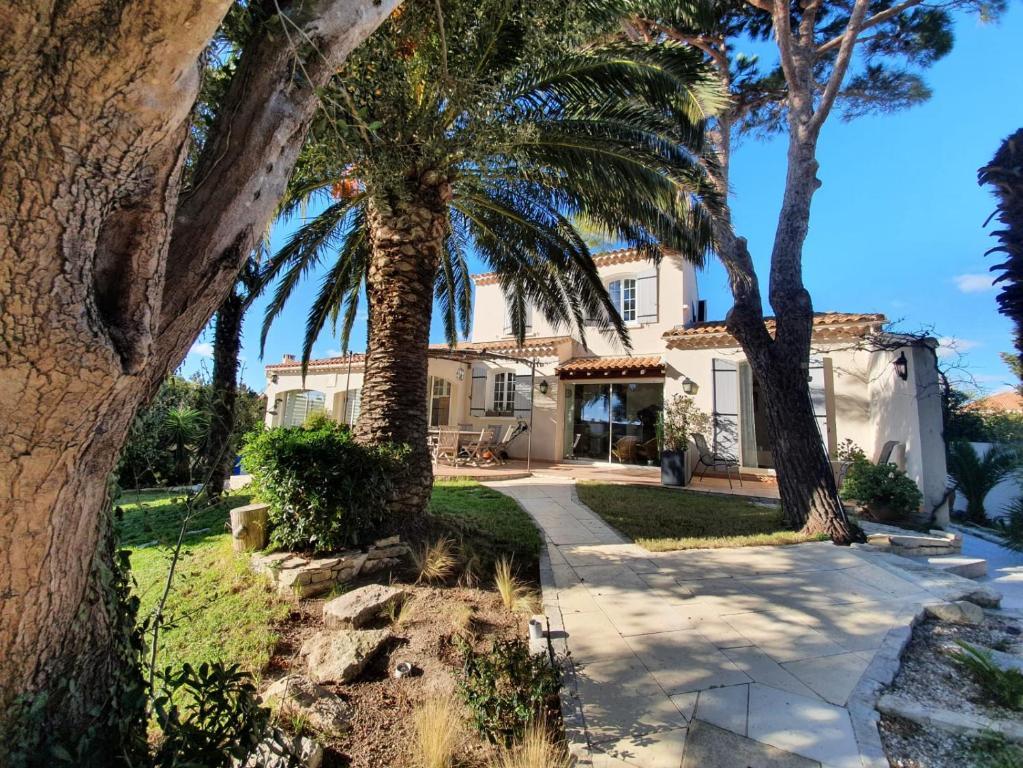 La Villa du Petit Port***