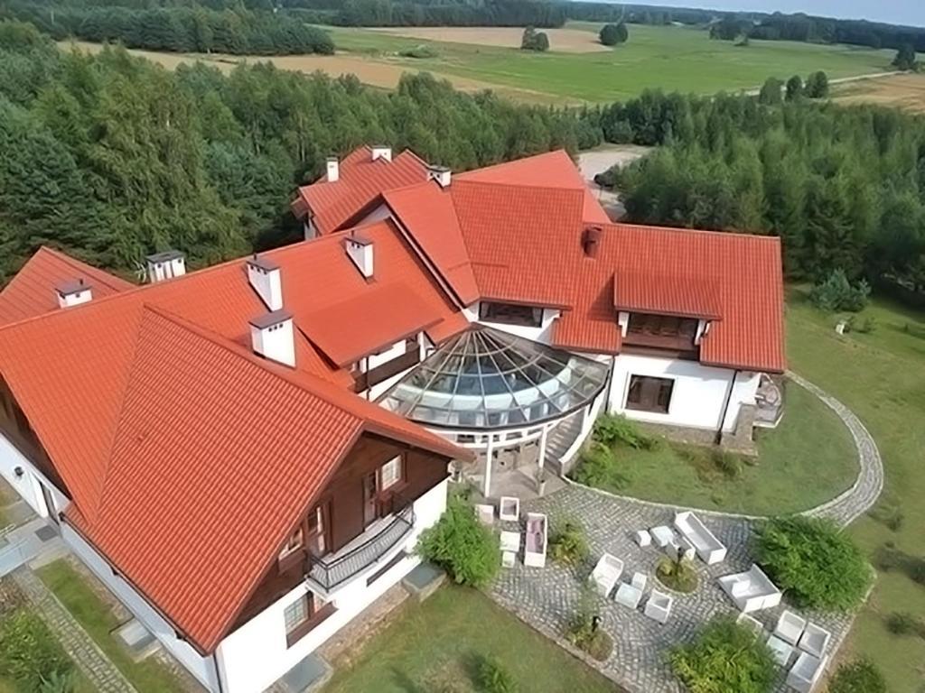 Widok z lotu ptaka na obiekt Hotel Korona Park Klewinowo