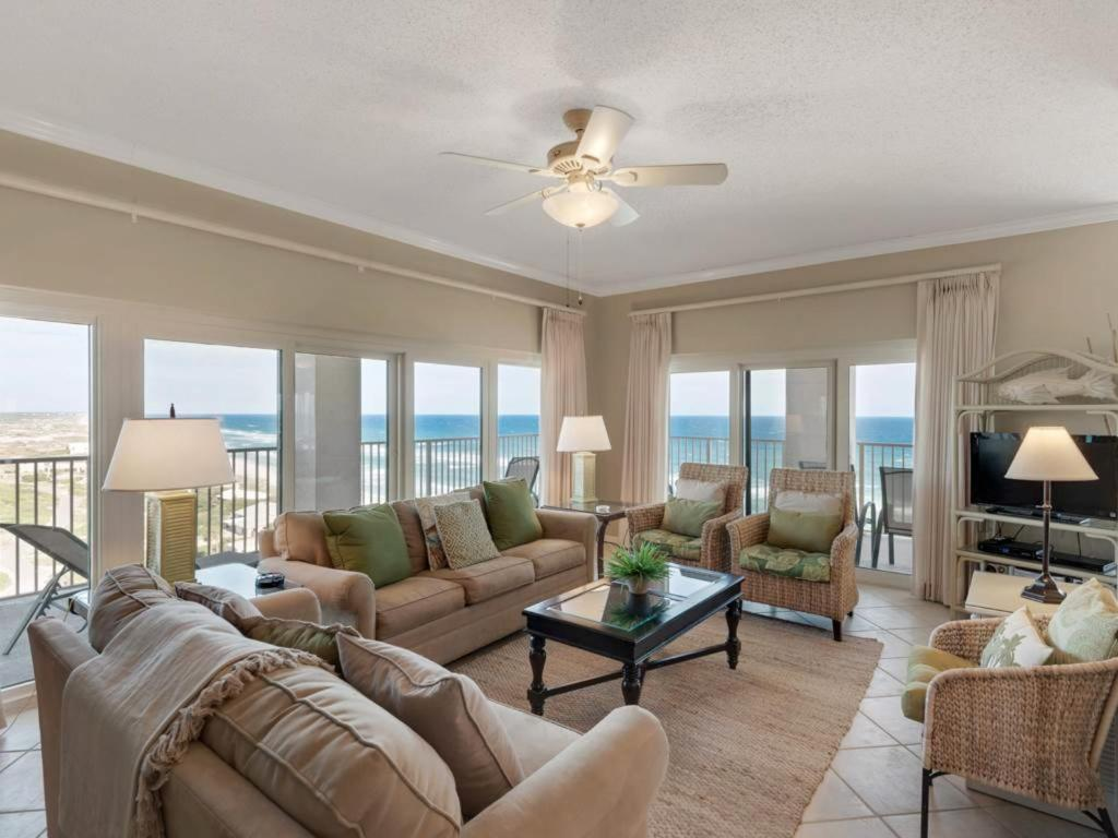 A seating area at TOPS'L Beach Manor II