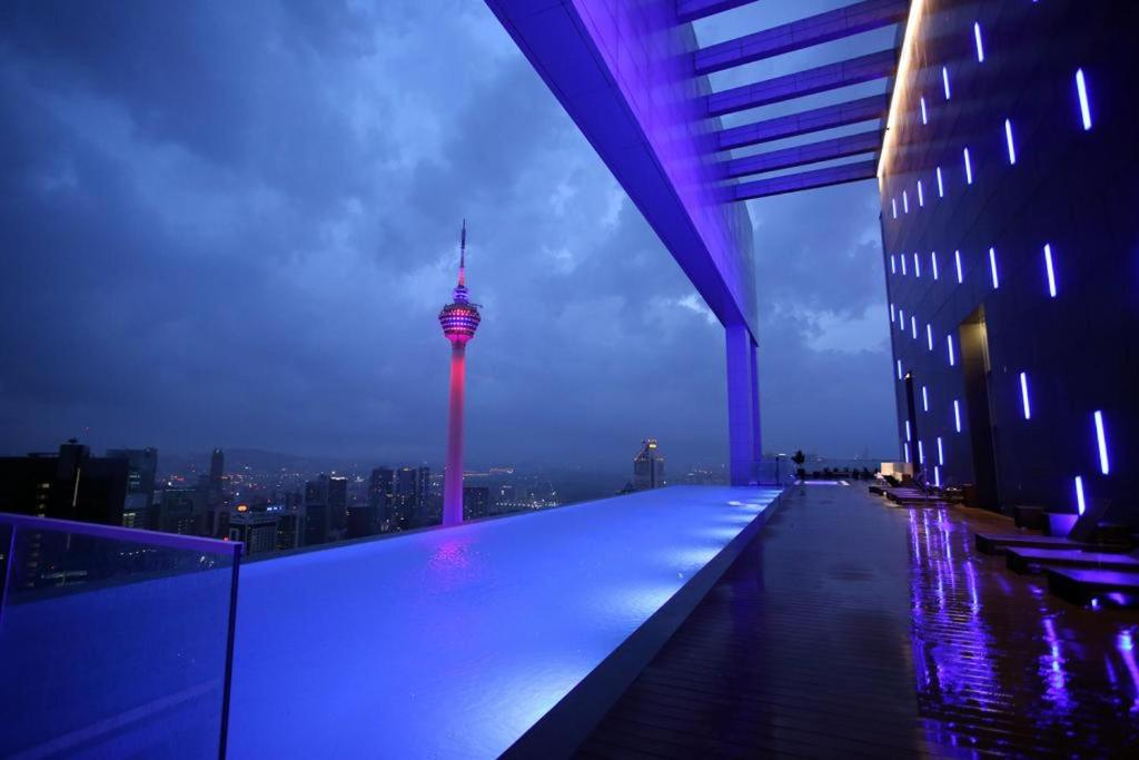 The swimming pool at or near Platinum Residence Kuala Lumpur