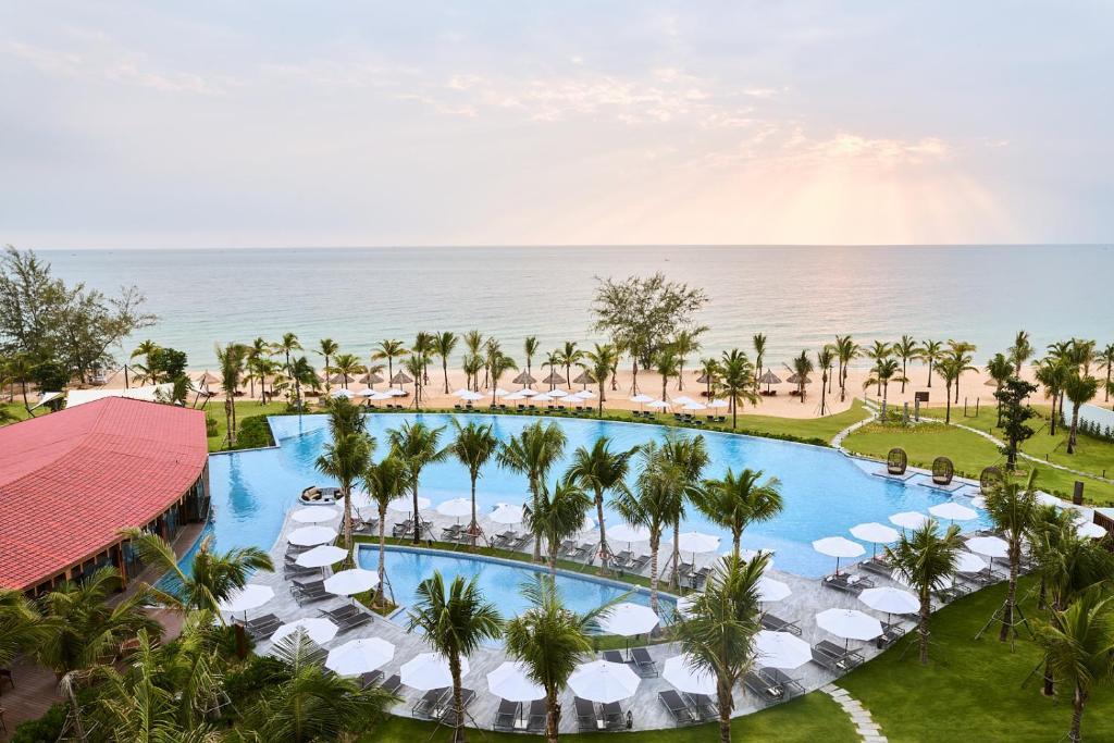 Mövenpick Resort Waverly Phu Quoc, Phú Quốc – Cập nhật Giá năm 2021