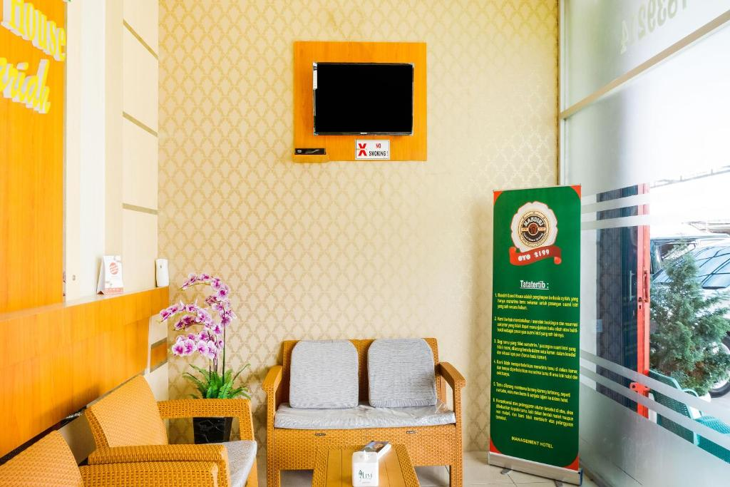 Oyo 2199 Mandiri Guest House Syariah Bukittinggi Updated 2020 Prices