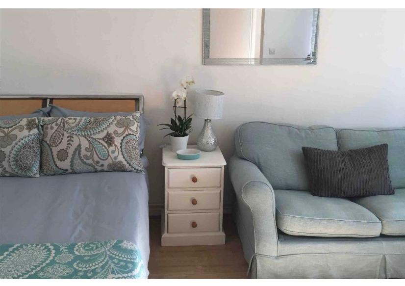 Quiet Apartment 5miles from Amersham Tube animal friendly