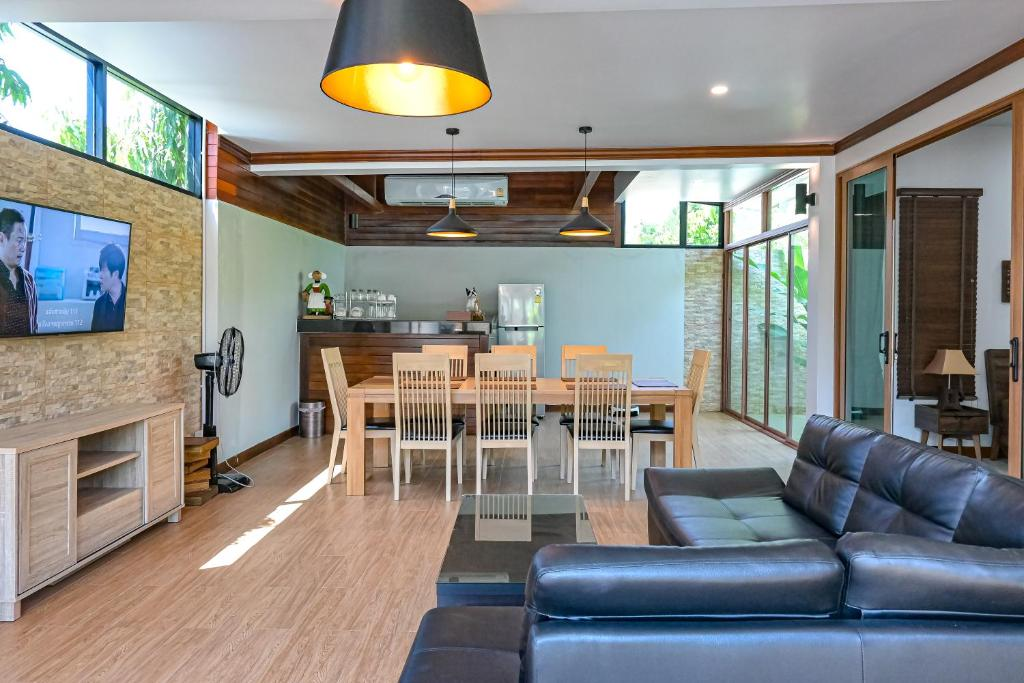 Modern 3 Bedroom Nice House Villa Phuket Ban Klang Thailand Booking Com