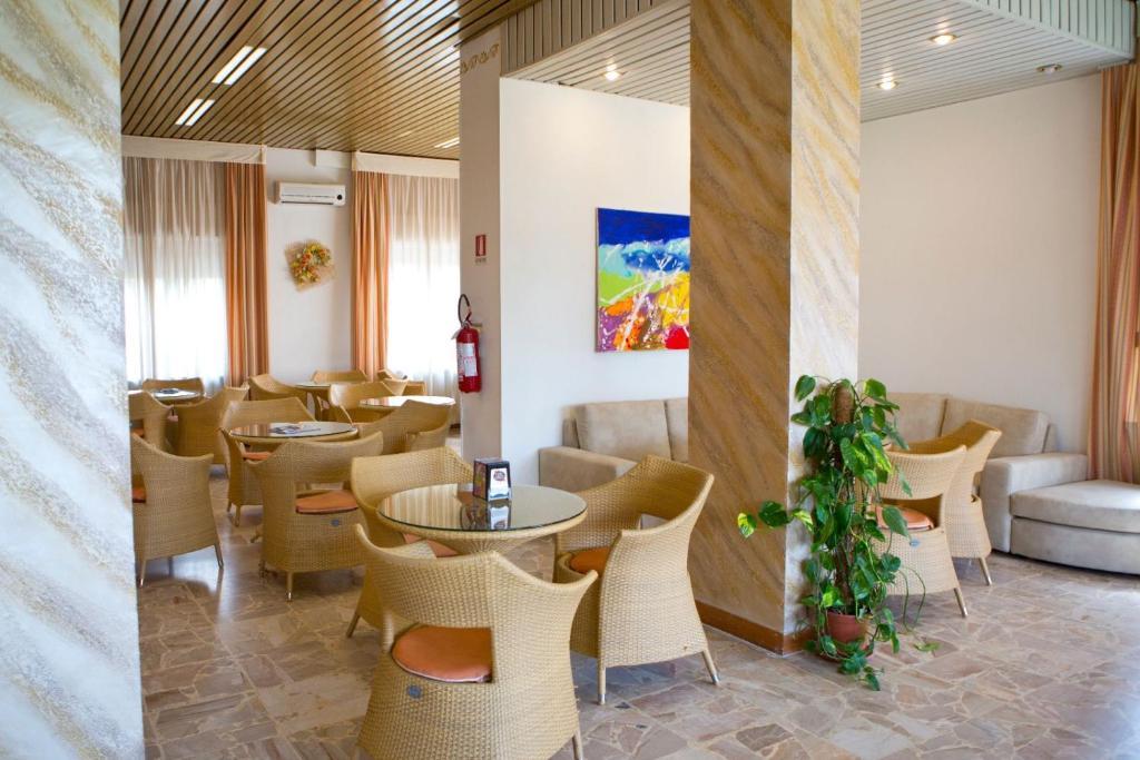 Hotel Kristall Diano Marina, Italy