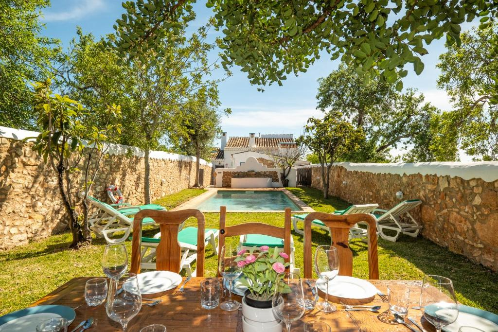 Private Villa, pool, wifi, air conditioning