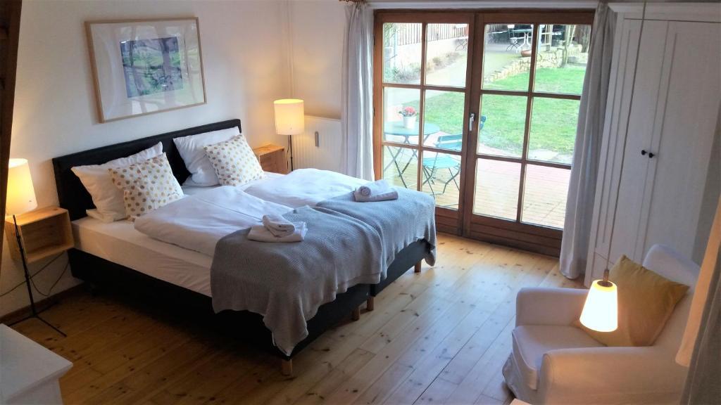 Ein Bett oder Betten in einem Zimmer der Unterkunft Ferienhof Trapp