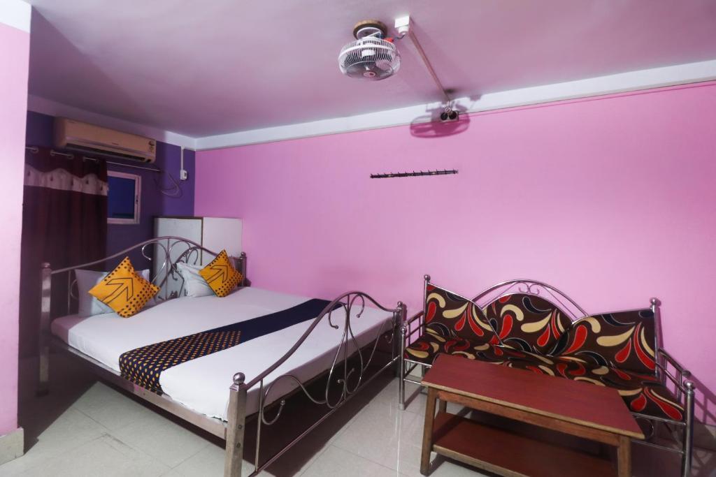 SPOT ON 63276 Piyush Lodge And Hotel