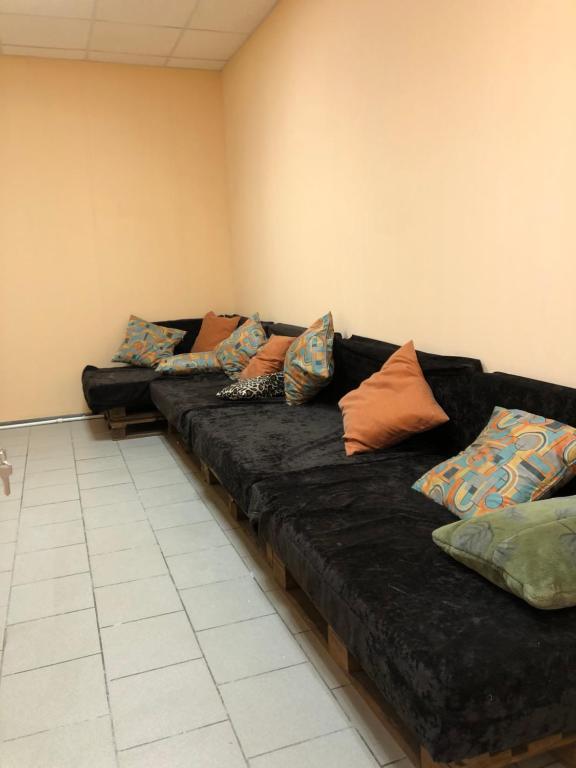 A seating area at Hostel Territoriya Komforta