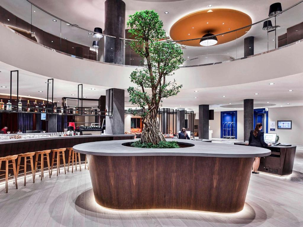 The lobby or reception area at Novotel Moscow Kievskaya