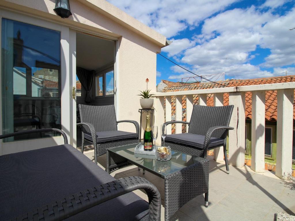 A balcony or terrace at Villa Varoš