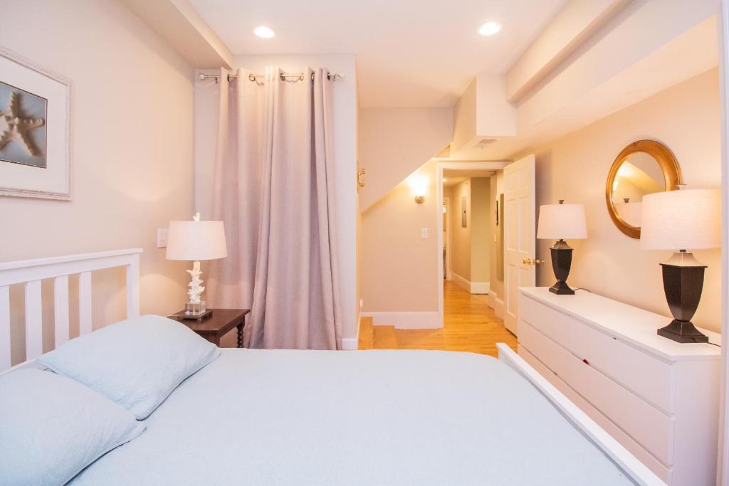 Large 1bedroom Apartment Mgh Bu Mit Boston Ma Booking Com