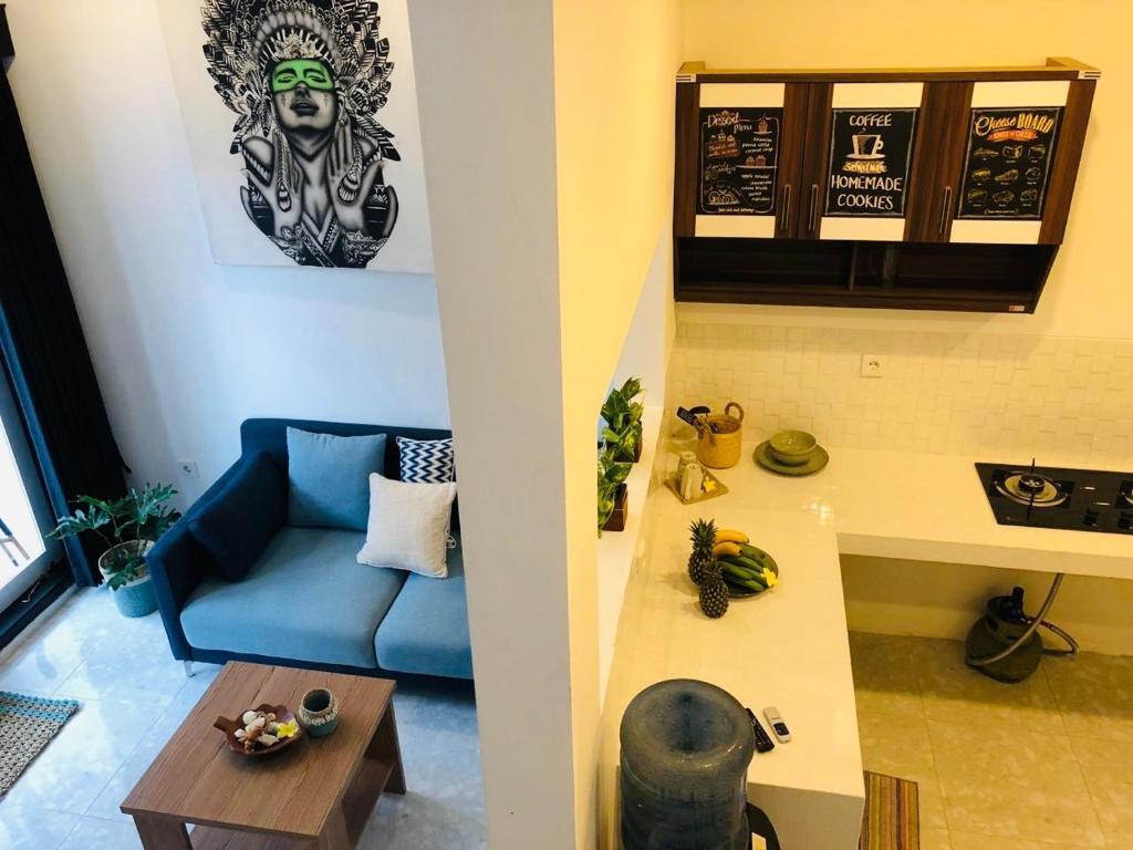 Cozy Modern Mezzanine House